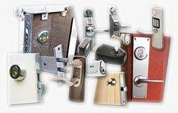 Skanda Låseservice montere ekstralåse, sikkerhedslåse, hoveddørslåse, kasselåse, vindueslåse, kodelåse mm.